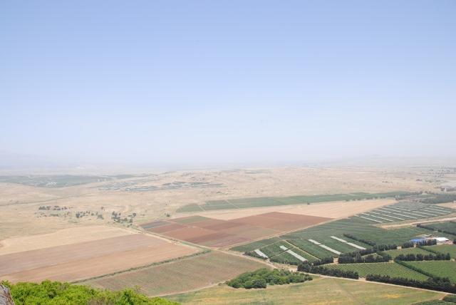 Hier wird im Juni 2013 gekämpft: Syrische Rebellen gegen syrische Armee. Wir hörten Artilleriefeuer.